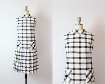 vintage 60s mod plaid dress / 1960s drop waist pleated dress / navy and white grid dress / sleeveless mod shift dress / Moto City dress