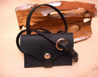 Pouch-Leather-Black-Shoulder strap