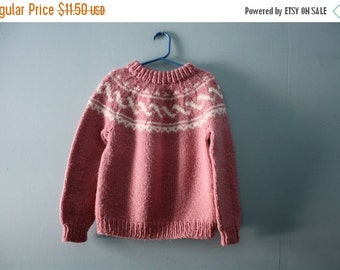 ON SALE Girl's vintage handknit fair isle sweater / dusty rose pink  sweater / vintage jumper / girl's size 4T to 6