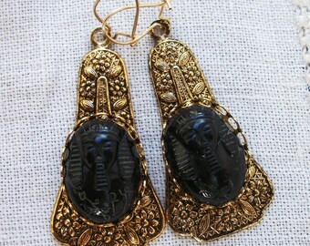 Pierced Dangle Earrings ~ Antiqued Gold tone Metal with Flowers ~ King Tut in Black ~ Egyptian Revival style ~ Vintage ~ Boho / Hippie Chic