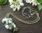 Statement necklace flower buds Blue Green pendant on chain