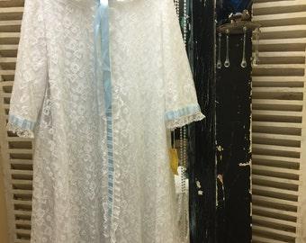 Vintage Lace Dressing Gown Vintage Lace Lounge Robe Vintage Lace Lingerie Robe Vintage Night Gown White Lace Dressing Gown Vintage Pajamas