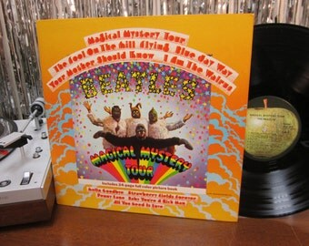 The Beatles - Magical Mystery Tour - w/ Attached Book - 1967 - Apple - I Am The Walrus - Psychedelic Beatles