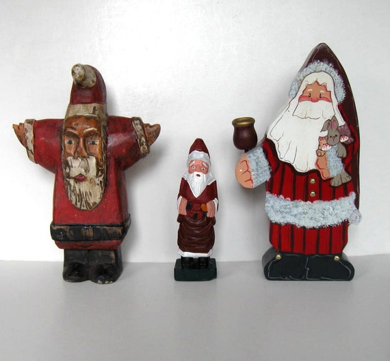 Lot Of 5 Vintage Christmas Decorations Kitsch Santa Claus: Lot Of 3 Vintage Wood Santa Claus Figurines Candle Holder