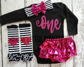 First Birthday outfit- Hot pink and black 1st birthday outfit- Birthday Outfit- Hot  Pink and black Birthday Outfit-cake smash