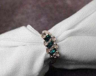 Avon Evening Classic Ring Silver Tone with Green Stones - Vintage 1975