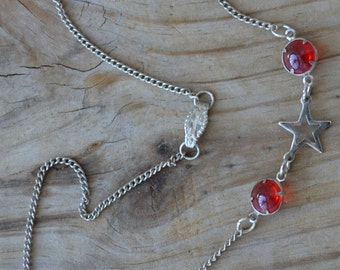 Beautiful antique art deco style silver tone necklace with red gems and stars / HCSWYK