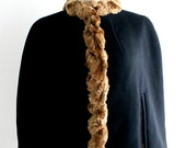 ON SALE vintage. CAPELET. cape. Wool. faux fur. Black. 1940s.