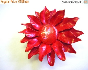 25% Off Storewide Sale 1960's Flower Power Red Enameled Brooch Pin Unique