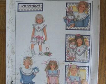 Simplicity 8594, Girls Dress, Child's Dress, Child's Dress with Detachable Collar