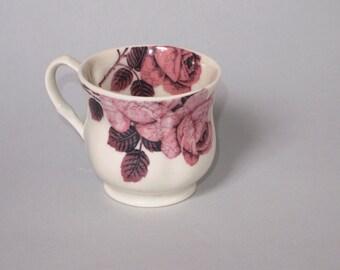 Tea Cup 'Mavis'