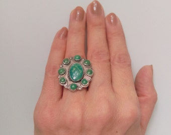 Vintage Turquoise Jewelry, Green Turquoise Ring, Zuni Navajo unmarked silver Native American Tribal Southwestern SPLIT BACK