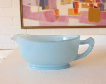 Vintage Pyrex Blue Glass Gravy Boat Sprayware