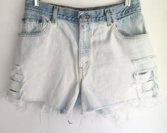 High Waisted Levi's Jean Shorts Cutoffs Size 30 Dip Dye