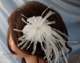 Wedding/Accessories/Wedding feather hair comb/Headpiece/Feather and crystal headpiece/Feather Vintage/White fascinator/Hair comb /