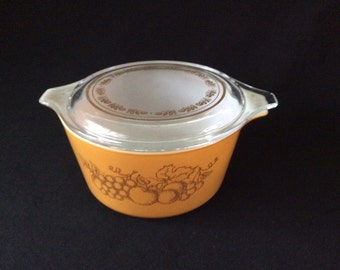 Vintage Casserole Old Orchard Pyrex