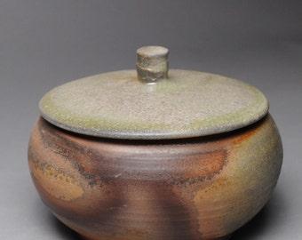 Clay Wood Fired Lidded Casserole Baking Dish D56