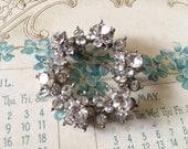 Vintage sparkle round rhinestone crystals dress brooch pin