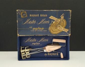 Vintage Pink Maynard Hand Mixer Master Mixer with Nylon Blades Retro Kitchen Gadget Utensil