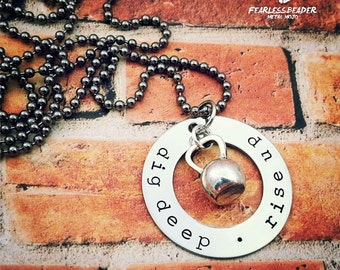 Dig Deep Rise Up, Kettlebell Necklace, Mens Fitness Necklace, Mens Jewelry, Motivational Jewelry, Fathers Day Gift, Mens Fitness, Workout