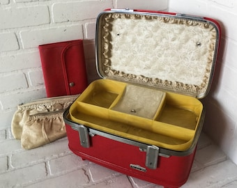 Vintage Red American Tourister KSB Mid Century Train Case Hardcase Luggage Suitcase with Key