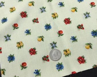 """Fruit and Flower Cranston USA Fabrics 2 Quilt Squares Pears Strawberry Apple Flower Bouquets 18"""""""