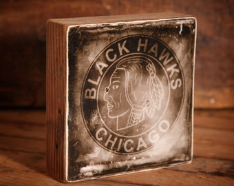 Chicago Blackhawks Vintage Distressed Logo Reclaimed Wood Block