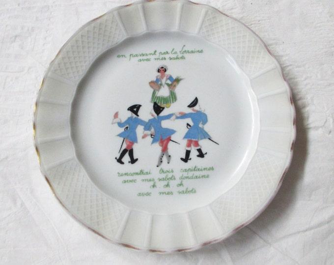 "L. Bernardaud & Co. Limoges 7.5"" Plate: Folk Song from Lorraine, France AVEC MES SABOTS (c. 1950s)"