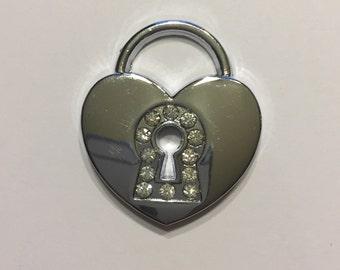 4 metal heart lock charms