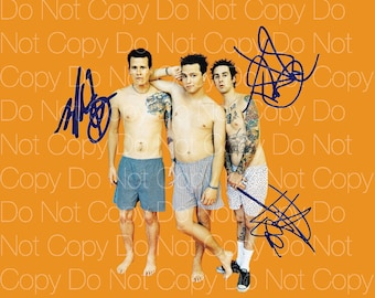 Blink 182 signed Tom Delonge  Mark Hoppus  Travis Barker 8X10 photo picture poster autograph RP
