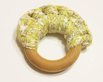 Natural Baby Teething Rings - Daffodils