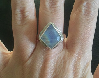 Stunning Sterling Silver And Moonstone Ring Size 8.5