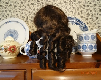 Doll wig, synthetic materials, size 16, dark brown ringlets