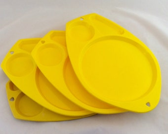 Vintage Yellow Paper Plate Holders, Yellow Plastic Picnic Trays