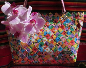 MI-YURKA Handmade medium bag Magazines Clippings Recycled Materials ECO type Nahui Ollin model Candy Wrapper H = 8.66 L = 13.78 W = 3.93