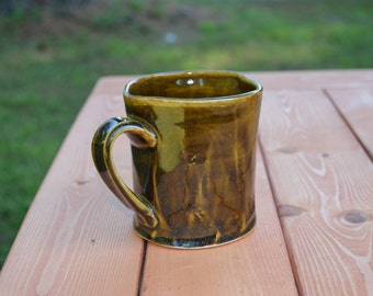 Amber colored diner mug