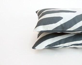 """Marimekko Pillow - Small Lumbar Pillow - Grey Pillow - Mini Decorative Pillow - Wrist Cushion for Mouse - Neck Pillow - 26X17cm (10X7"""")"""