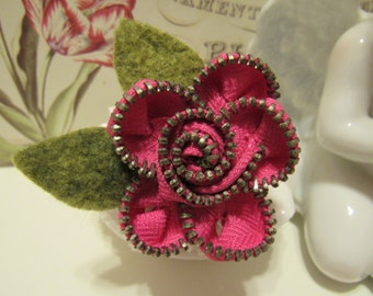 Zipper Flower Pin, Brooch, Hot Pink with green leaves, Rosette