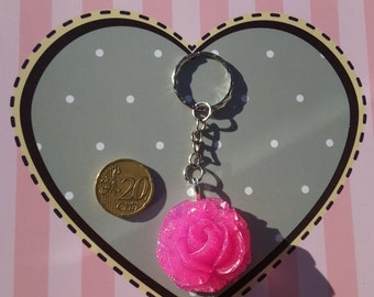 Rose shaped key ring with glitter