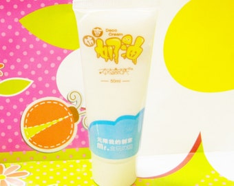 Sale WHITE Fake Whipped Cream 50 ml Tube Fake Frosting Plus Free Icing Tip DIY Kawaii Decoden Cream