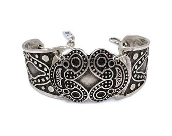 Silver Metal Patina Tribal Hook Bracelet