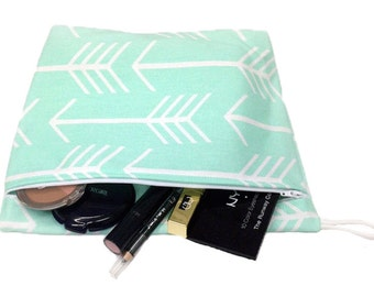 Mint Arrow Makeup Bag - Waterproof lining for Makeup, Swimsuits, or Other Wet Storage- Machine Washable