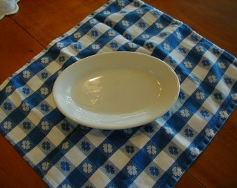 Great oblong dish for serving butter, mints, or dips.  It measures 7 inches long and 4 3/4 wide. Jackson China Falls Creek, PA