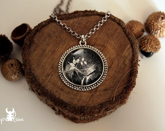 Dancing with the light, Silver Chain Glass Cabochon pendant with original Art Photo