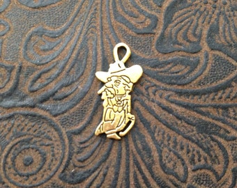 16 Pieces Small Colonel Rebel Old Cowboy Ole Miss Mascot Pendant Charm 23x11mm Antique Gold finish lazy cowboy 9-44-G