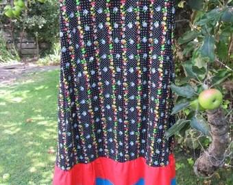 Vintage 70s maxi skirt black flower print approx UK 10