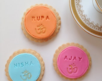 indian wedding favour biscuits, personalised hindu wedding gift, personalised biscuits for indian weddings, shaadi gift, birthday biscuits