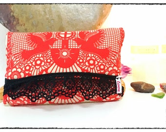 Clutch Style <3 -Red Bird- <3 Pipe Bag