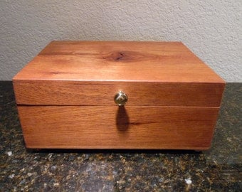 Spanish Cedar Wood Jewelry  Box with Unique Natural Grained Top and One Removeable Tray, Unique, Natural Wood Formation