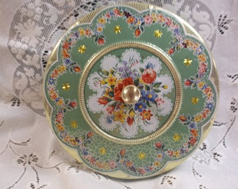Vintage Biscuit Embossed made in Holland Tin w/lid